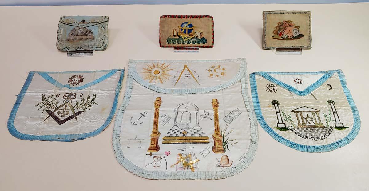Masonic Pouches & Aprons