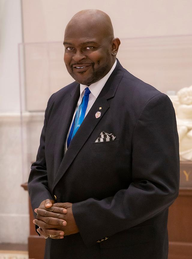 Dr. Daniel Rivers